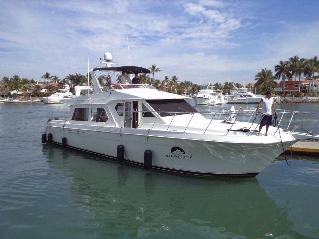 luxorious yacht rental puerto vallarta